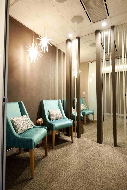 7.-VIP-Waiting-room